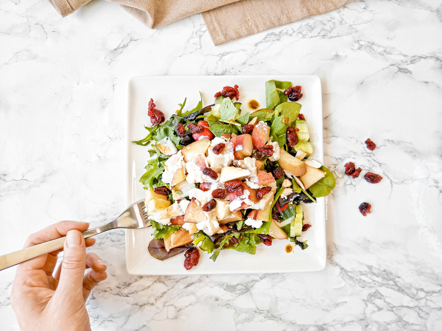 geitenkaas salade lunch gezond perzik honing